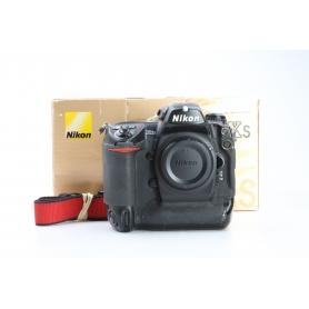 Nikon D2Xs (231580)