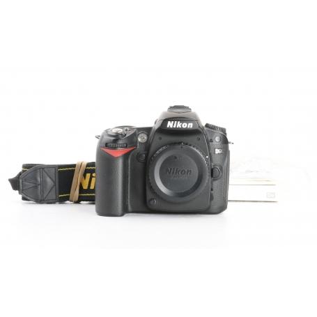 Nikon D90 (231793)