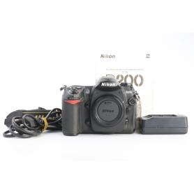 Nikon D200 (232296)