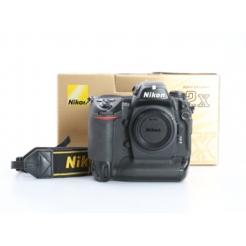 Nikon D2X (232900)