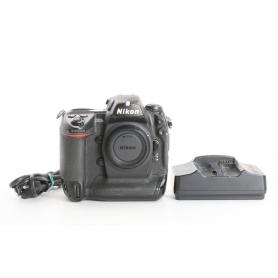 Nikon D2Xs (235733)