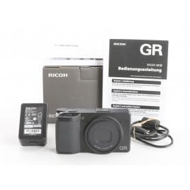 Ricoh GR III Digitale Kompaktkamera (237015)