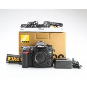 Nikon D7000 (223592)