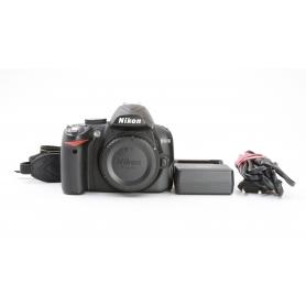 Nikon D3000 (223948)