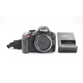 Nikon D3200 (225097)