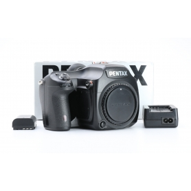 Pentax 645D Digital Camera (226156)