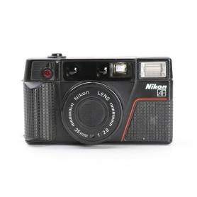 Nikon L35 AF 2 mit Nikon Lens 2,8/35 (226793)