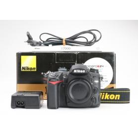 Nikon D7000 (227011)