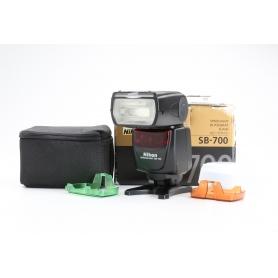 Nikon Speedlight SB-700 (227199)