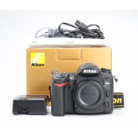 Nikon D7000 (227987)