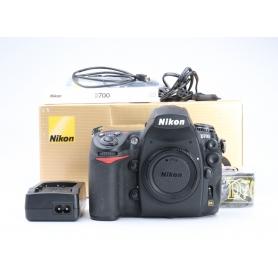 Nikon D700 (227927)
