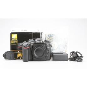 Nikon D7200 (228607)