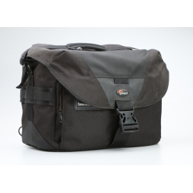 Lowepro Stealth Reporter D550 AW All-Weather Cover Fotorucksack 35x20x25 (228814)