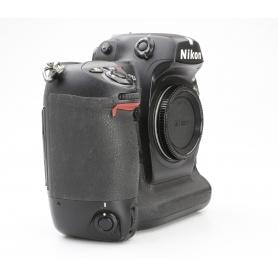Nikon D2Xs (228827)