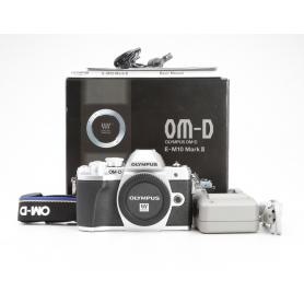 Olympus OM-D E-M10 Mark III (229017)