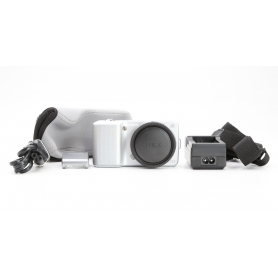 Sony NEX-3 (228698)