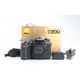 Nikon D200 (230469)