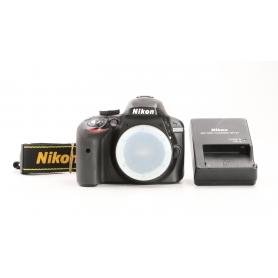 Nikon D3300 (230819)
